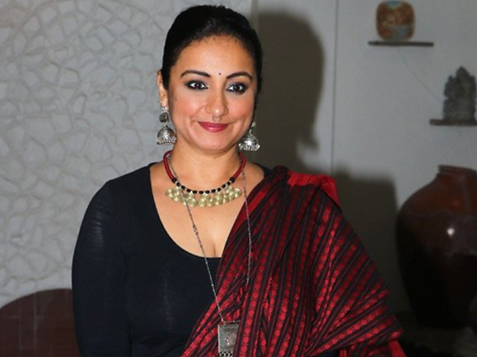 dhaakad divya dutta first look out