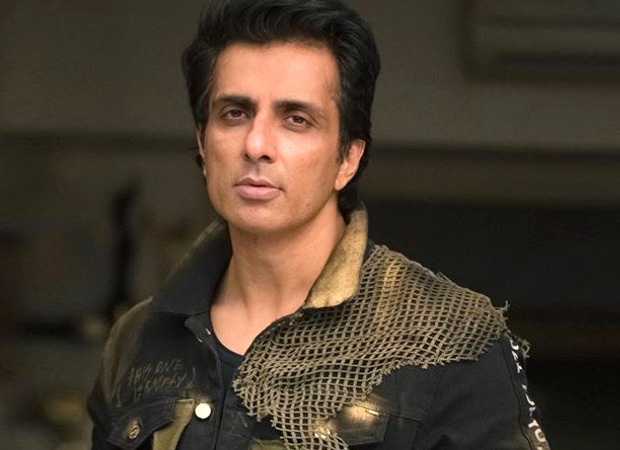 Actor sonu sood gets covid-19 vaccination dose appeal people to come forward and take it