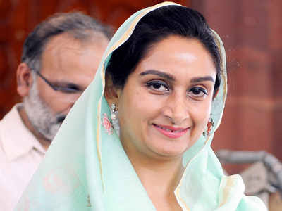 Union Minister Harsimrat Kaur's resignation accepted, Narendra Tomar will take over responsibility
