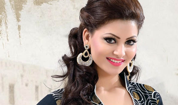 urvashi rautela and mohsin khan new song woh chaand kahan se laogi out