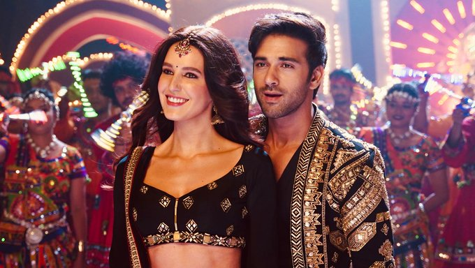 Katrina kaif sister isabelle kaif all set to debut on bollywood suswagatam khushaamadeed first look revealed