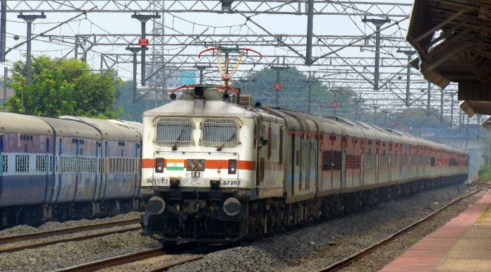 Central railway announces 106 new trains for north india amid fears of lockdown in maharashtra