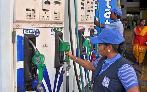 Petrol-Diesel Price: Petrol-Diesel prices did not change for the 8th consecutive day, know the price of 1 liter