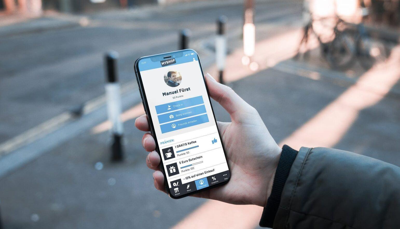 Image_Smartphone in der Hand