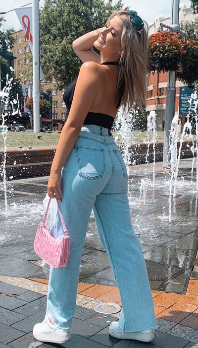 Straight leg jeans | 23 Summer Vacation Outfits To Make Your Next Trip Stylish