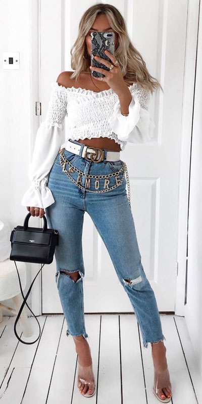casual summer outfits with jeans, a high rise jeans with stylish crop top