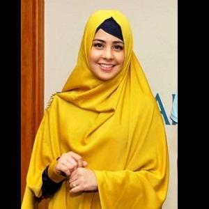 Jilbab Syar'i Modis Ala Risty Tagor