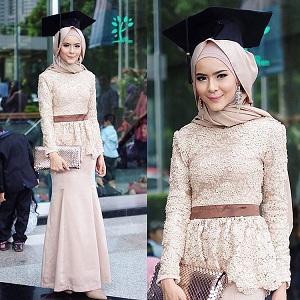 40 Model Hijab Wisuda Simple, Elegan, dan Glamour Terbaru