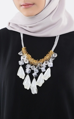 Bria Necklace Silver