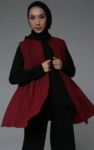 Delgy Cape (Small Salur)
