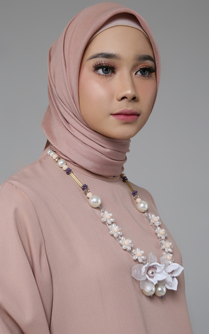 Ghania Necklace