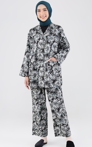 Heiwa Pajamas Set