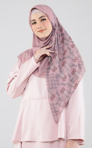 Equilibrium Scarf in Dawn Pink