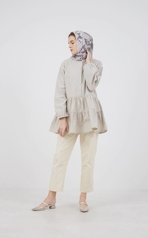 Berrybenka Modest - Frenie Blouse Brown