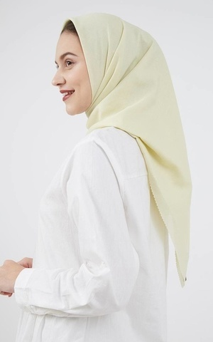 Ranaya Plain Hijab Broken White