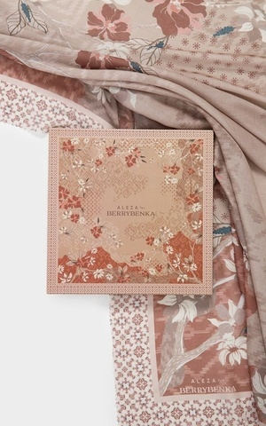 Blossom Eid Voal Brown