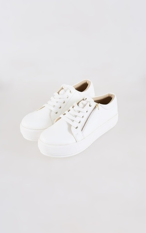 Moela Shoes White