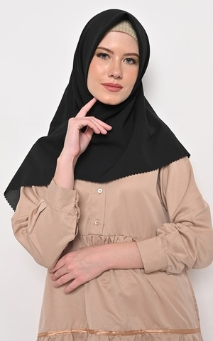Hijab Segi 4 Lasercut Diamond