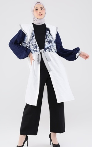 Arumi Outer