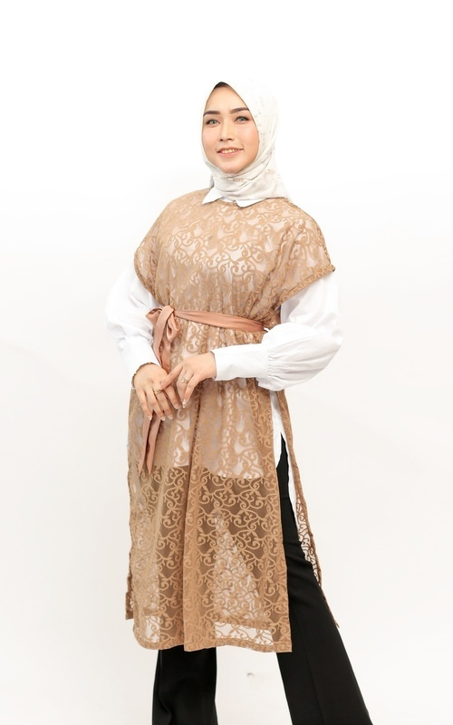Blus - Syima Top and Vest - white and gold