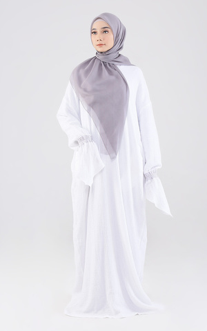 Tilik Praying Dress White - Cream