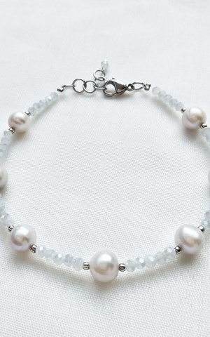 Furry - Light Grey - Fresh Water Pearls