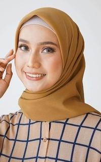 Hijab Polos Zahra Square