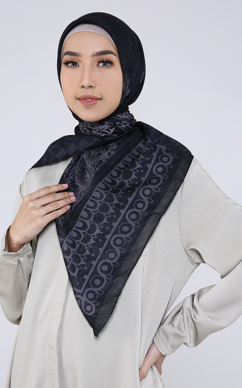Hijab Motif - Naira Black Scarf Voal For HIJUP - Black