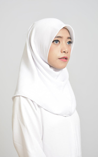 Daily Instan Hijab Square White