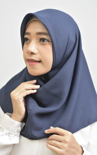 Daily Instan Hijab Square Navy