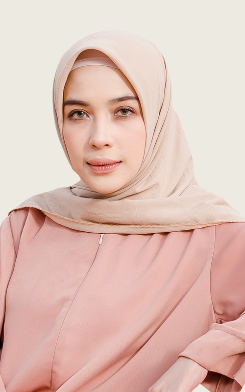 Hijab Polos - Embroidery Signature Square Beige - Beige