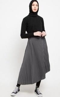 Skirt Asymetrical Plisket Skirt