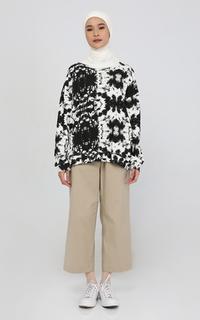 Sweater Black and White Sweatshirt