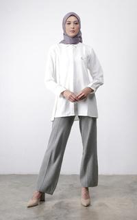 Blus Kanya Shirt Broken White