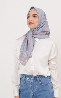 Printed Scarf Taat Queen