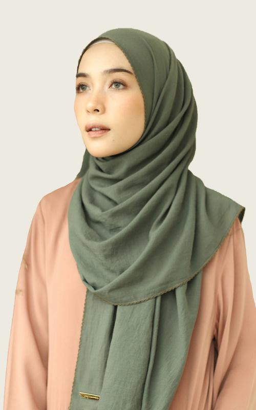 Hijab yang Cocok untuk Baju Warna Orange Kerudung Warna Army