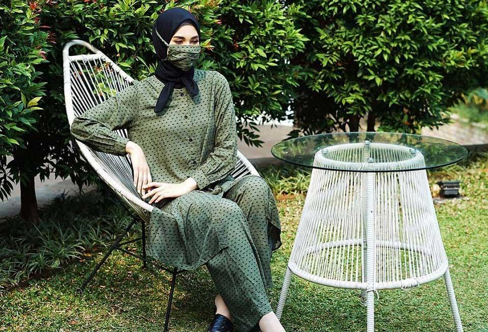 Hijab yang Cocok untuk Baju Warna Hijau Tua