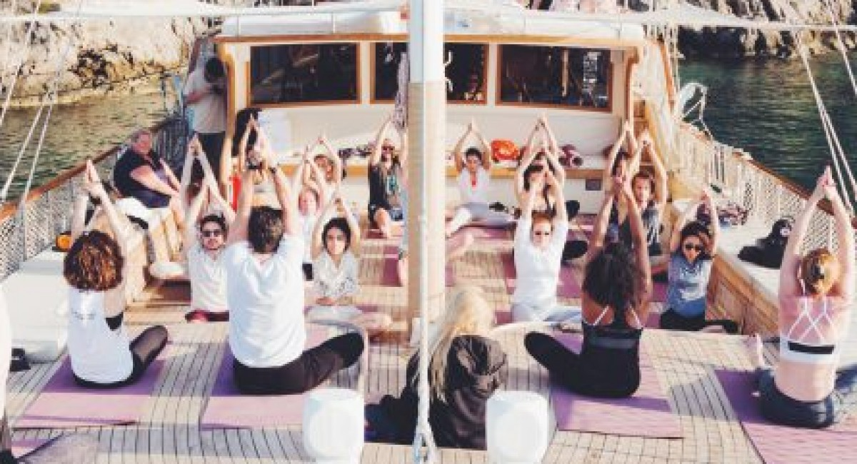 Introducing Your New, Empowering Habit: Morning Yoga