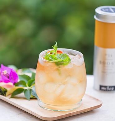 Когда бармен знает твой любимый напиток, фрукт и даже цветок – это бесценно!