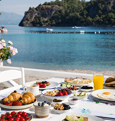 Breakfast Near Sea In Fethiye