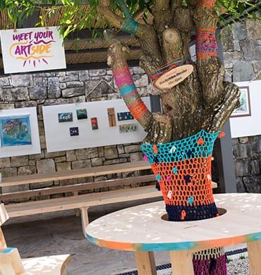 Вдохновение от природы, от окружающих людей - творческая команда Artside в Hillside Beach Club знает, где его найти.