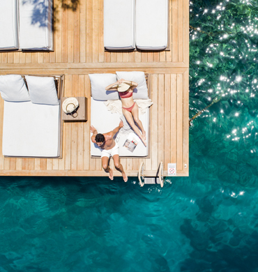 Sunny Docks Hillside Beach Club