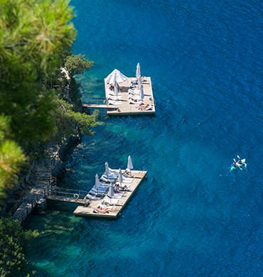 Rediscover the shades of blue in Kalemya's Cove