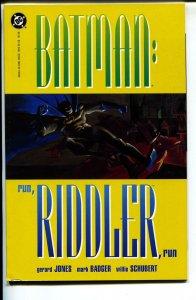Batman: Run, Riddler, Run-Gerard Jones-Paperback