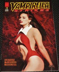 Vampirella Strikes #1 (1995)