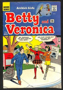 Archie's Girls Betty and Veronica #123 (1966)