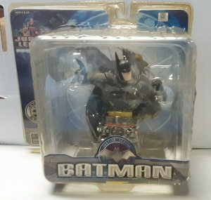 JUSTICE LEAGUE ANIMATED BATMAN PAPERWEIGHT CARTOON NETWORK (NEW) 2005