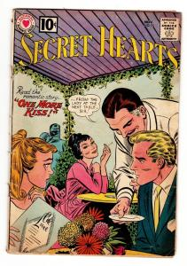 SECRET HEARTS #75 comic book 1961-DC ROMANCE-OUTDOOR CAFE-CIGARETTE