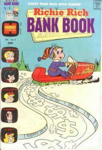 RICHIE RICH BANK BOOKS (1972-1982) 9 VF Feb. 1974 COMICS BOOK