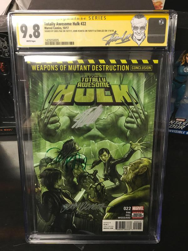 Totally Awesome Hulk #22 1st Weapon H CGC 9 8 Signed by Stan Lee